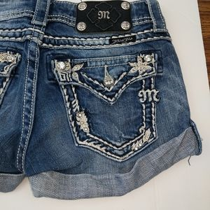 Miss me embellished jean shorts size 26